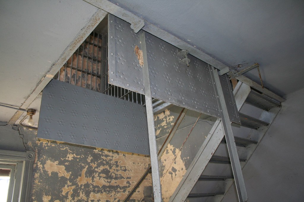 Gallows Trap Door Mechanism This View Looking From Flickr