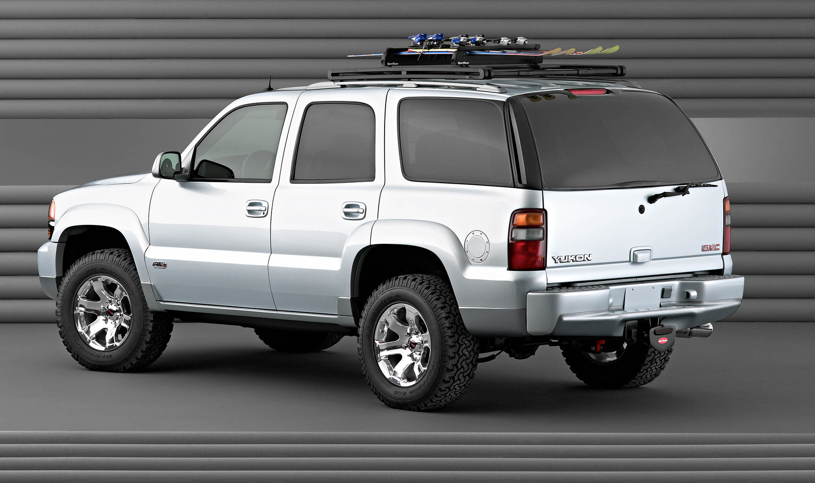 GM Reveals 2019 GMC Sierra AT4 - Page 4