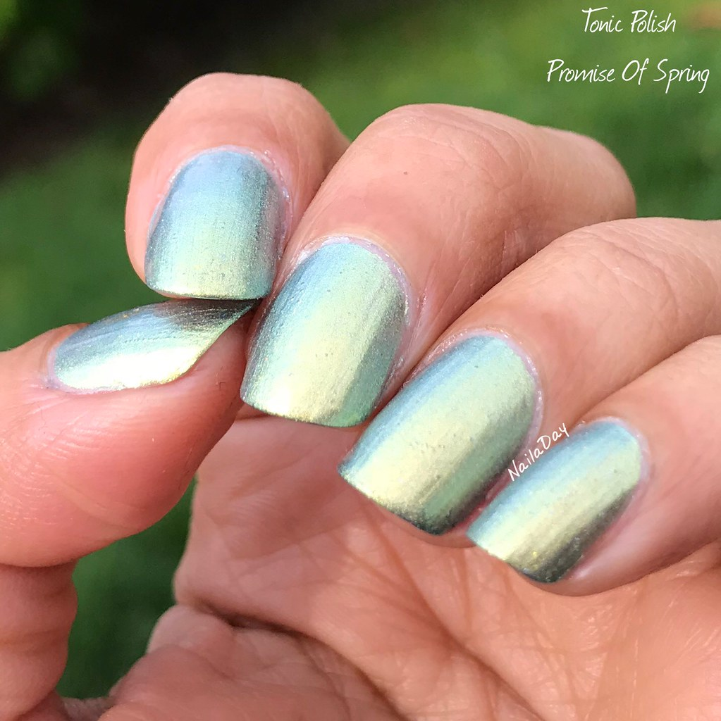 NailaDay: Tonic Polish Promise Of Spring