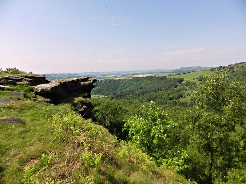 Gritstone outcrop on Gardom's Edge