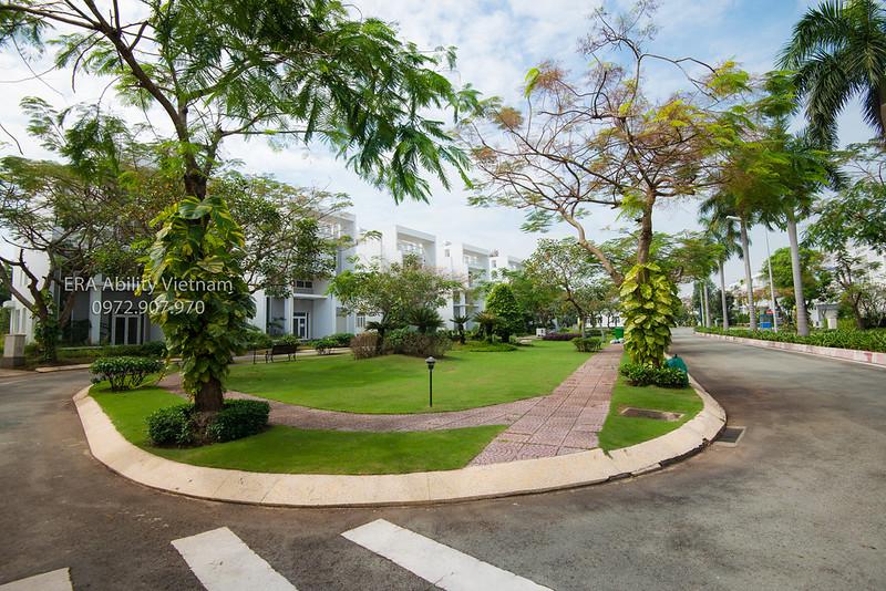 mảng xanh công viên nội khu Villa Park quận 9