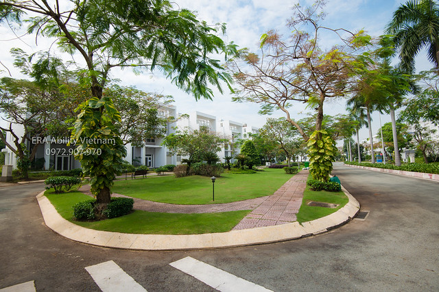 Biệt thự duy nhất Sài Gòn với 8 công viên cây xanh.