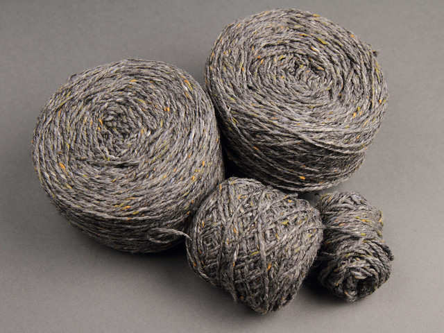 Destash yarn: Kingcraig Merino Cashmere DK woollen-spun tweed yarn 200g+ mid grey flecked