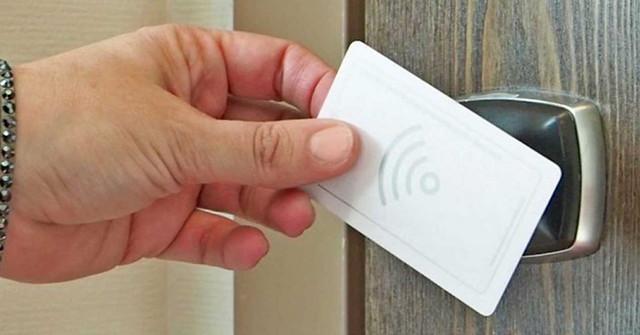 Crean una llave maestra para entrar en cualquier habitación de hotel