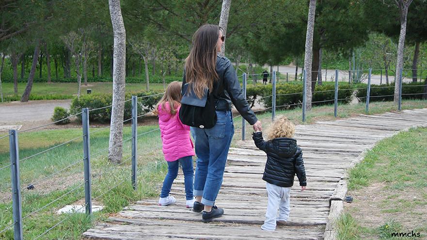 camino de madera parque de cabecera