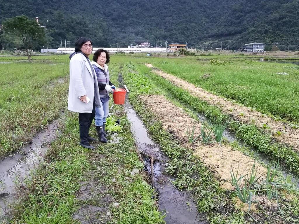 趁這次來臺交流,張惠善拜訪臺灣首個受IFOAM認可的參與式驗證農場「部落e購」。