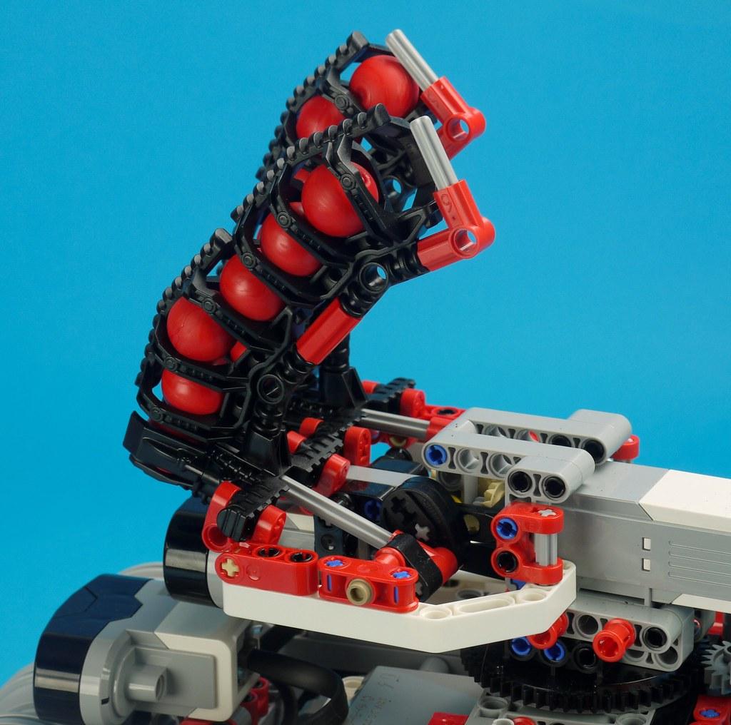 Building Smart LEGO MINDSTORMS EV3 Robots | Brickset: LEGO set guide