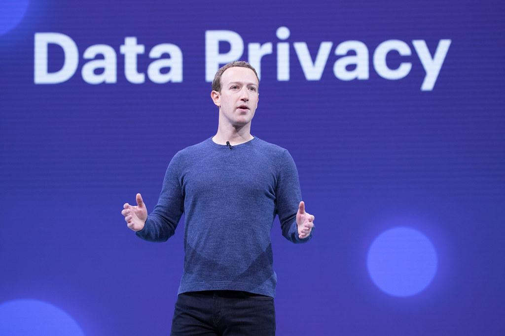 Mark Zuckerberg F8 201...