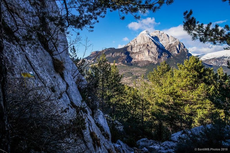 El Pedraforca desde el sendero que sube a Els Graus