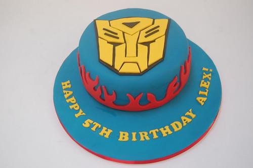 Awe Inspiring Transformer Mask Cake Beautiful Birthday Cakes Funny Birthday Cards Online Alyptdamsfinfo