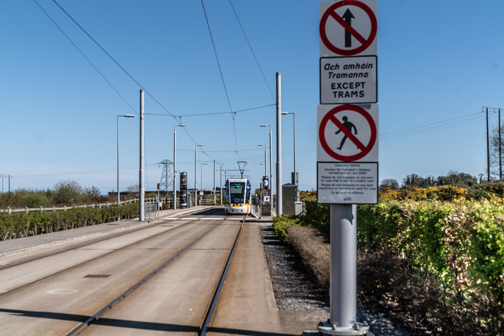 LUAS TRAM STOP AT LEHAUNSTOWN [GREEN LINE SERVICE] 004