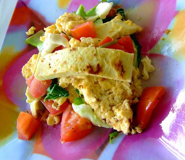 scrambled eggs, tomato , bok choy, haloumi cheese, philade… | Flickr