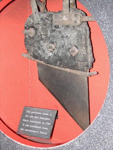 Madame Tussauds - Original Guillotine Blade that Beheaded ...
