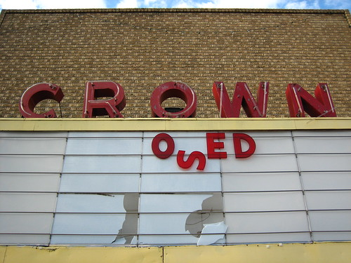 Closed, Crown Theater, Collinsville, Oklahoma | by Wade From Oklahoma