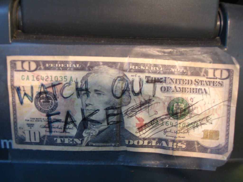 how to find counterfeit money