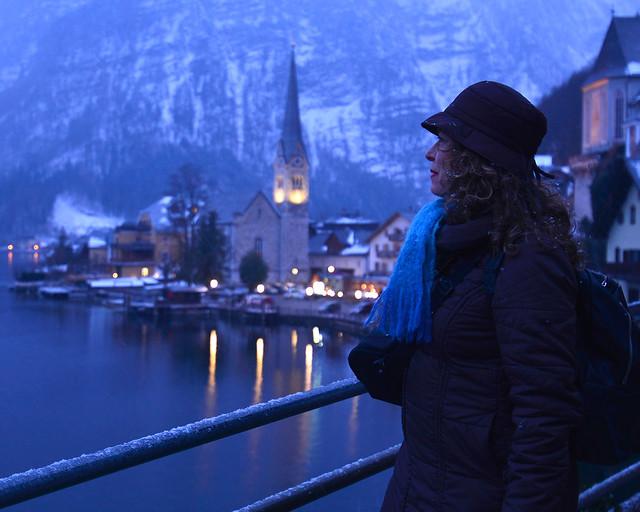 Hallstatt de noche, en Austria