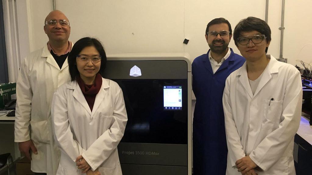(L-R) Dr Darrell Patterson; Research Associates, Yen Chua & Nicholas Low; and Professor Davide Mattia.