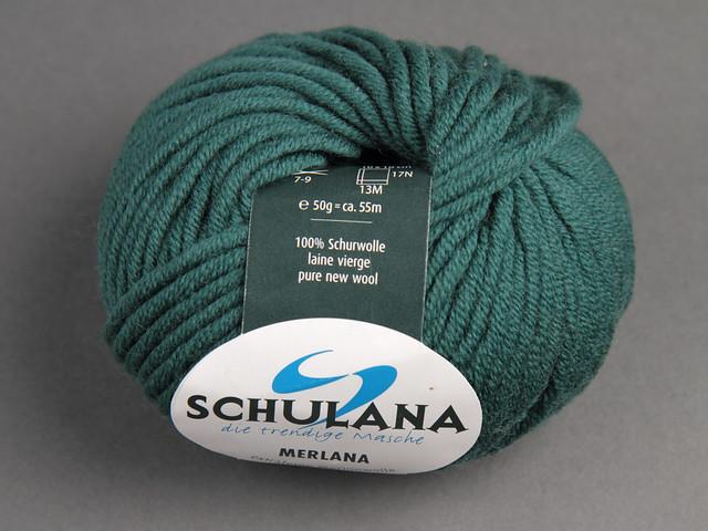 Destash yarn: Schulana Merlana Extra Fine Merino wool Chunky 50g – 057 (green)