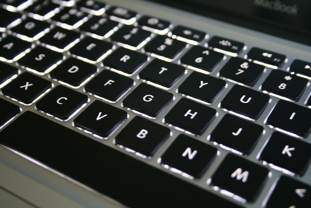 鋁常被用作鍵盤等電子產品。圖片來源:William Hook(CC BY-SA 2.0)