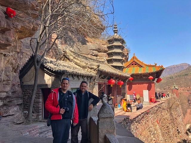 Sele e Isaac en las montañas Cangyan (Hebei, China)