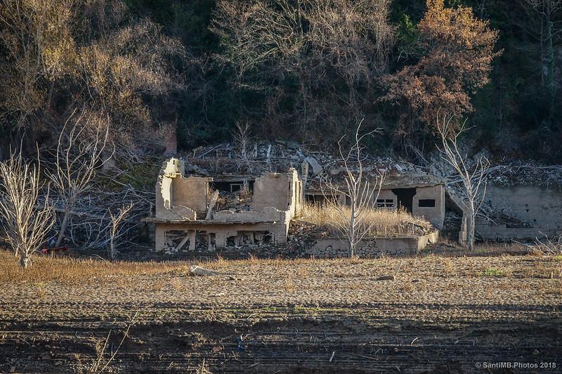 Ruinas de una casa de Sant Salvador de la Vedella