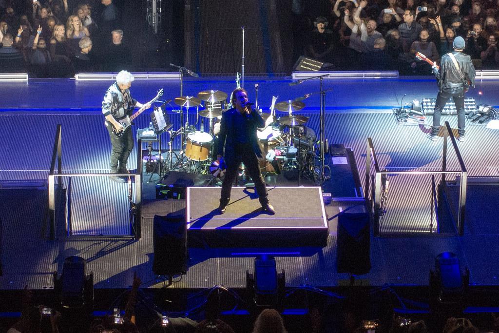 ... U2 : EXPERIENCE + INNOCENCE Tour 2018   Madison Square Garden, New York  (2018
