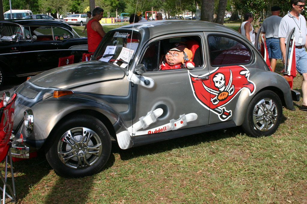 Tampa Bay Buccaneers Themed Volkswagen Oldsmar Days Flickr - Tampa car show