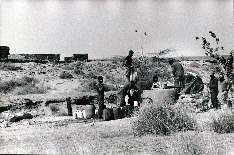 Le conflit armé du sahara marocain - Page 10 42488933455_9157ed967f_o
