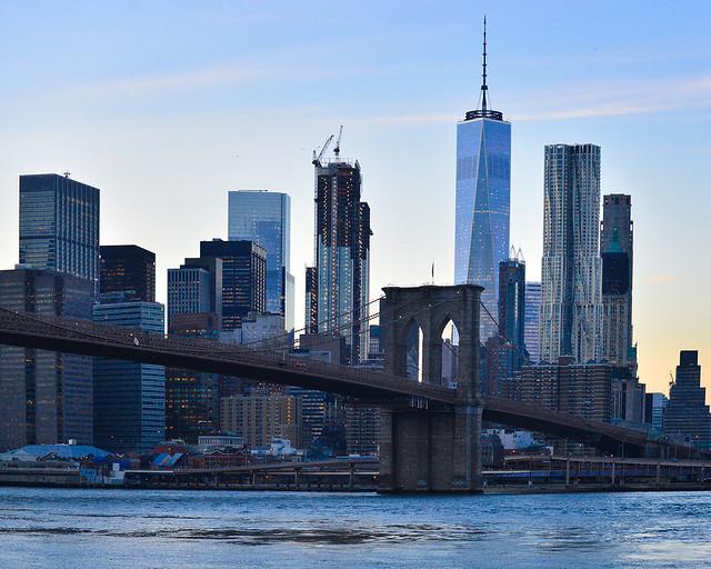 Vistas del puente de Brooklyn desde el mirador Dumbo