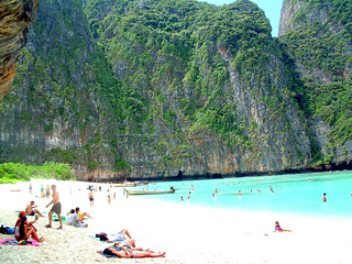 Maya Bay (The Beach) | by ham sap Lo