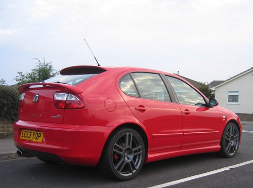 seat leon cupra r 225 superb example of a seat leon. Black Bedroom Furniture Sets. Home Design Ideas
