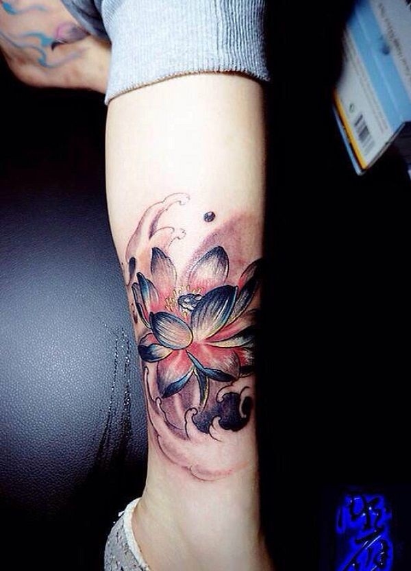 Flower Tattoos A Blossoming Blue Lotus Flower The Blue Flickr