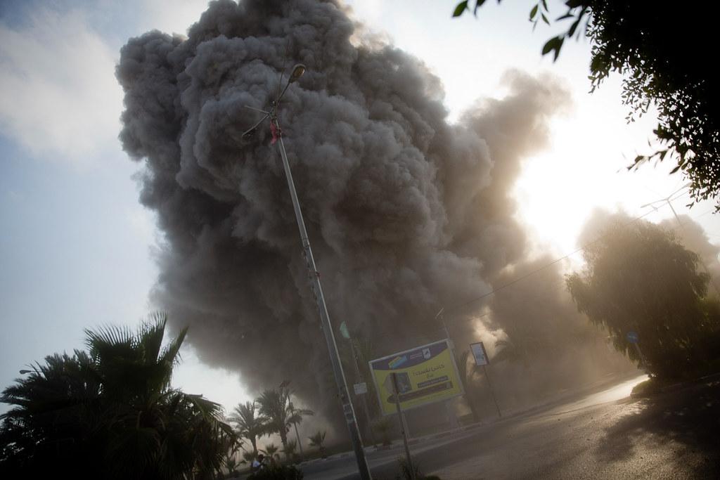 以色列7月14日對加薩走廊發動空襲。(圖片來源:KHALIL HAMRA/AP PHOTO)