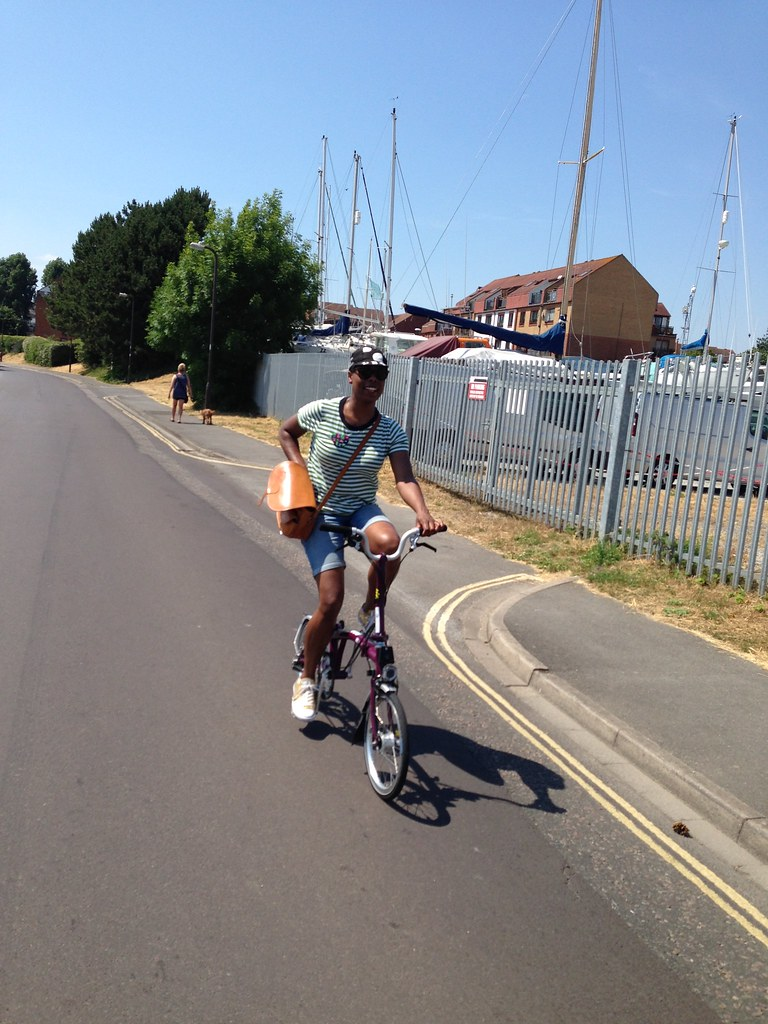 jools-walker-ladyvelo-brompton-bike-cycling-portsmouth