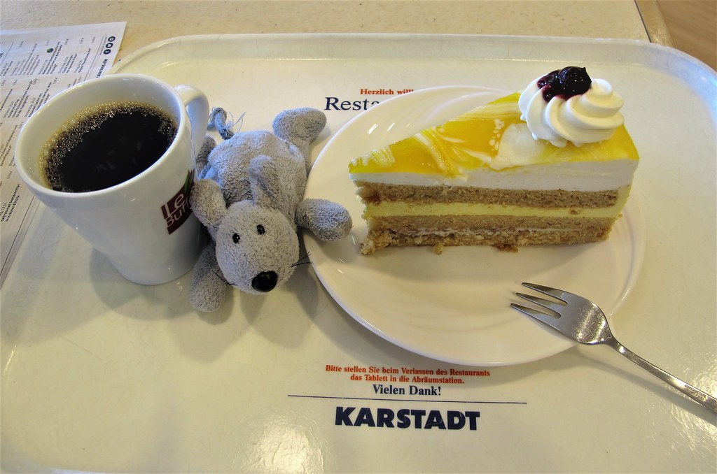 Karstadt spandau finest tshirt paket ca name it karstadt for Kuchen berlin spandau