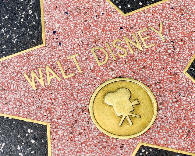 Estrella de Walt Disney del paseo de la fama de Los Angeles
