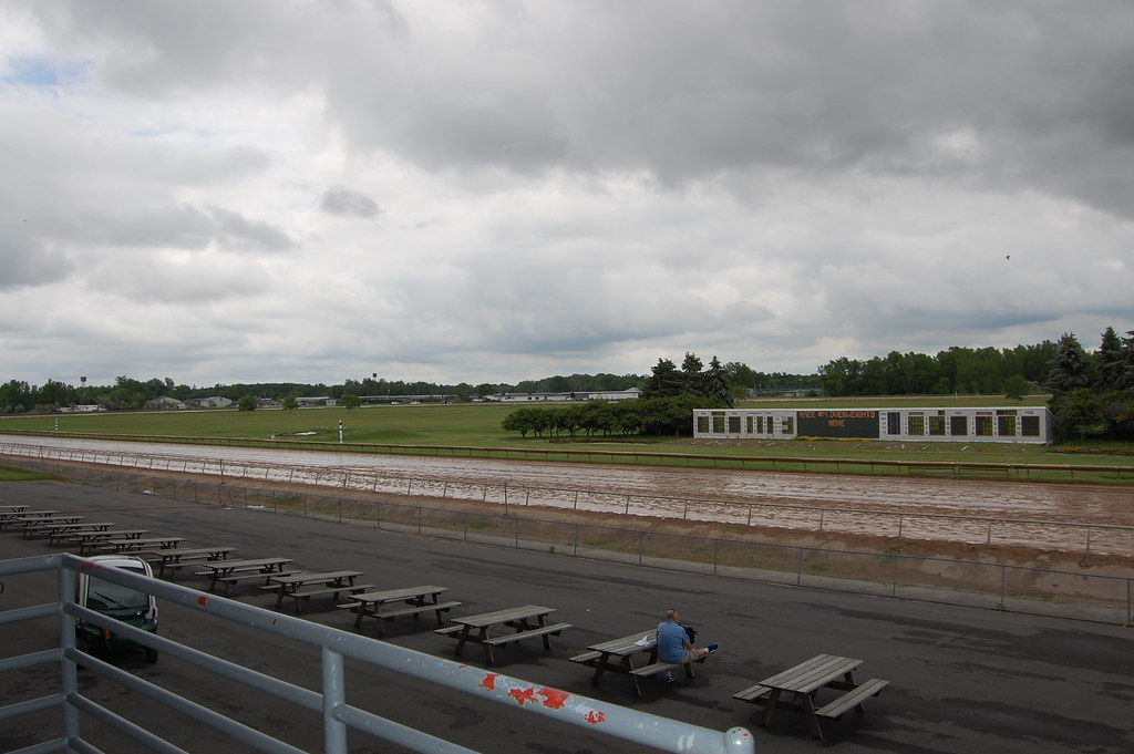 Finger Lakes Race Track Farmington Ny Not A Great Day Flickr