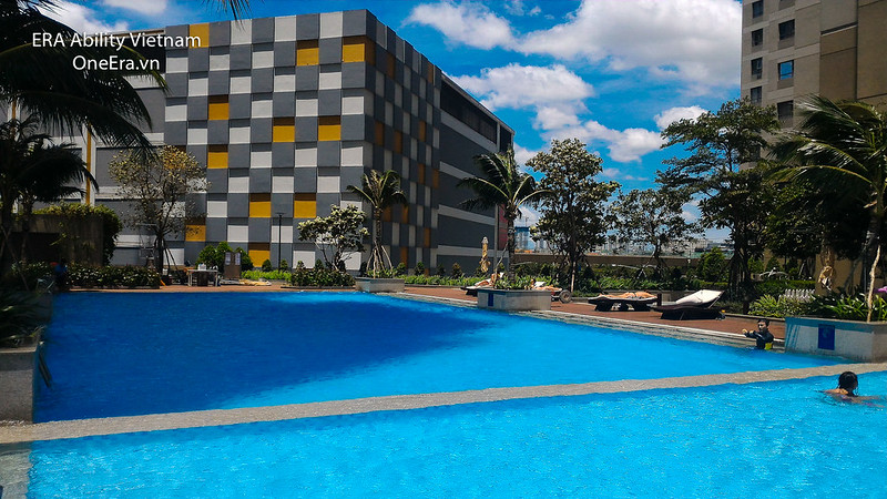 hồ bơi rộng rãi toà T2 Masteri Thảo Điền