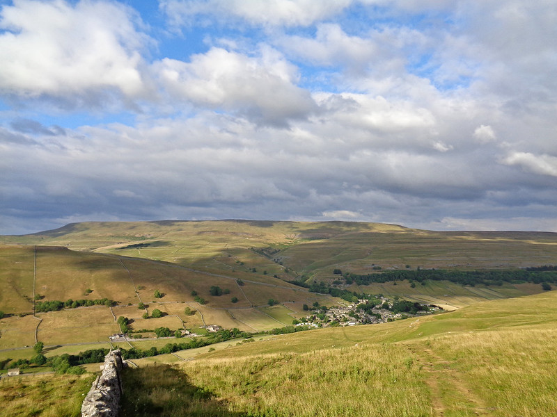 The descent to Kettlewell. Great Whernside in the background