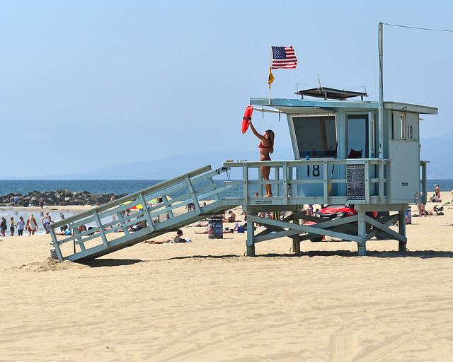 Casetas de los vigilantes de la playa en Los Angeles en Venice Beach, de los mejores lugares que ver en Los Angeles