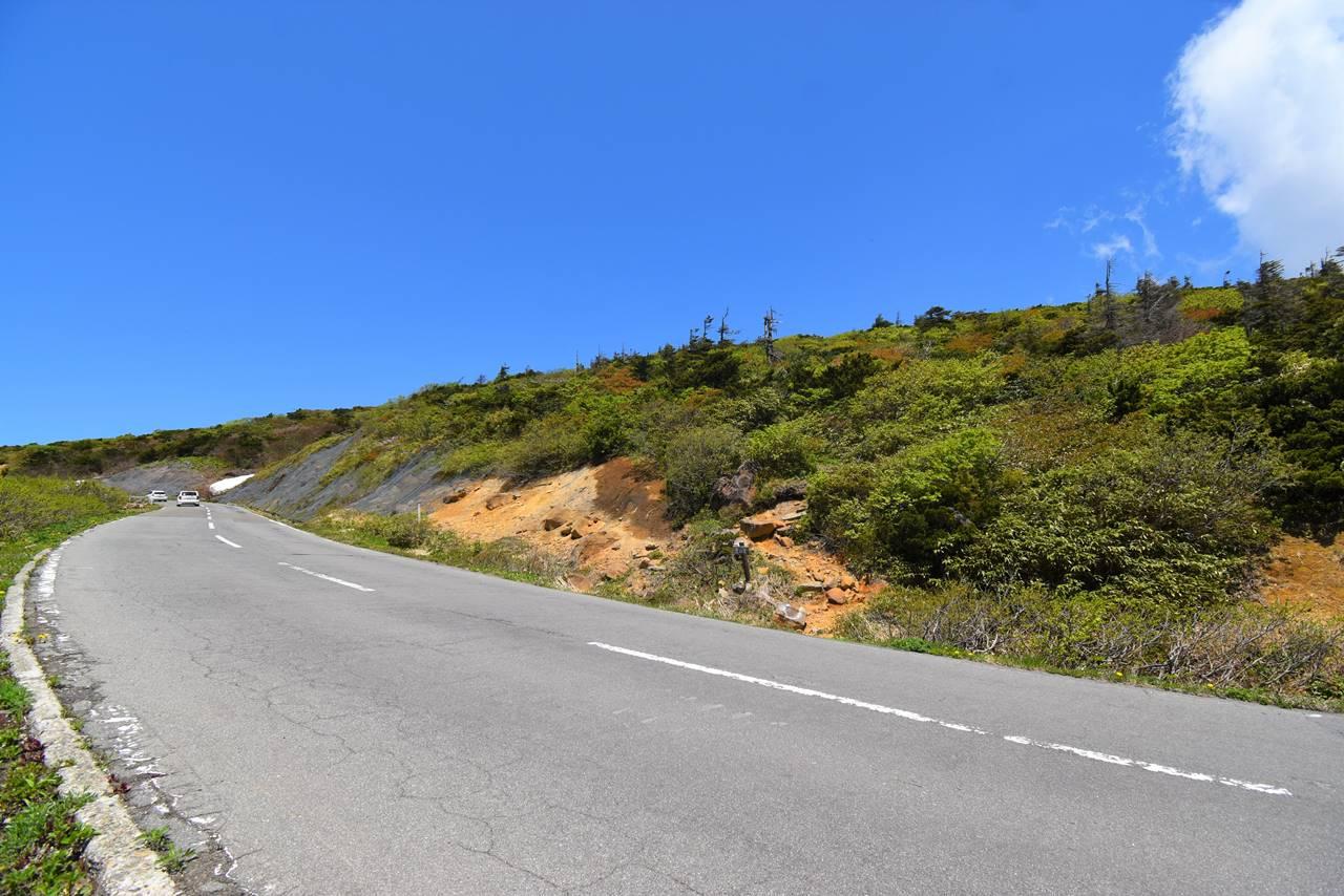 刈田峠から刈田岳へ 縦走登山
