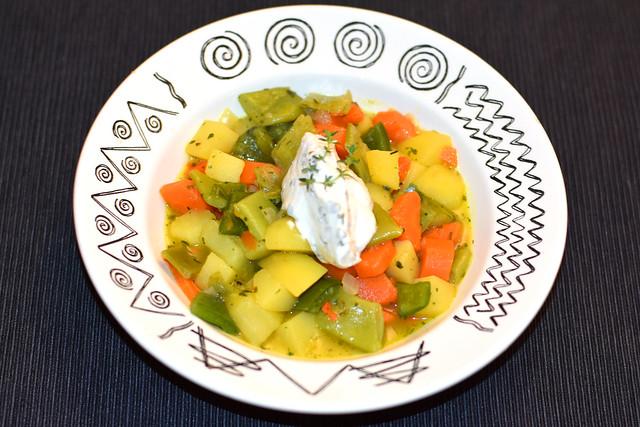 Kartoffel-Karotten-Bohnen-Paprika-Durcheinander ... Muhrejubbel ... Gemüse ... Foto: Brigitte Stolle