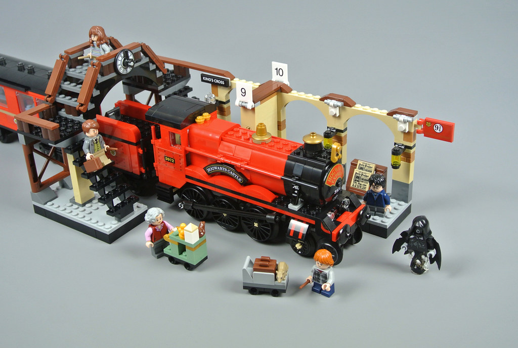 Review 75955 Hogwarts Express Brickset Lego Set Guide And Database