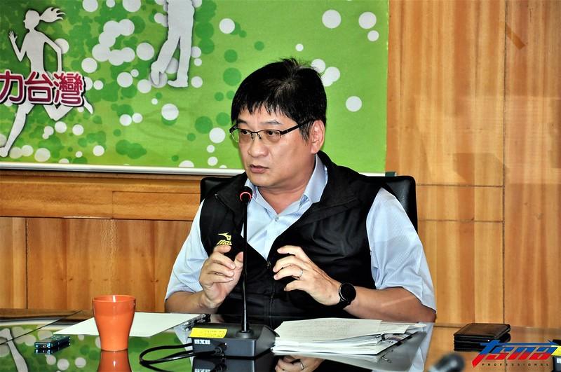 體育署競技運動組長洪志昌表示這次出征亞運的最大團是輕艇項目。(張哲郢/攝)