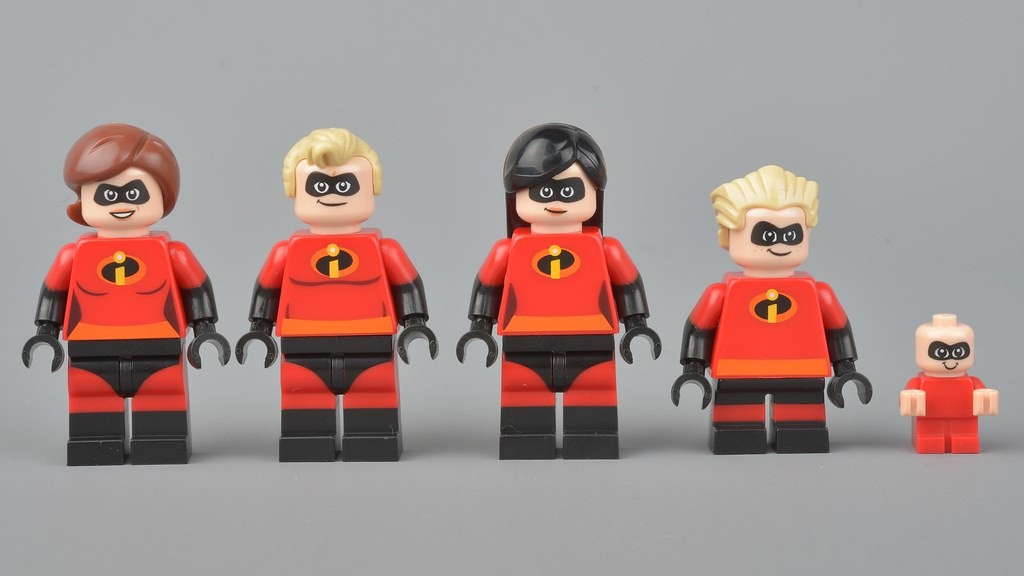 Baby Jack Jack with Cape LEGO® Incredibles 2