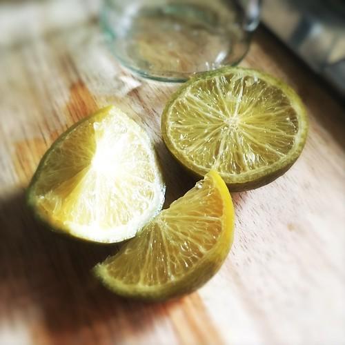 Chinese, Preserved Limes, preserved lemons, chui chow, salted lime lemon, fermented lime lemon, recipe, method, how to, tonic drink, 7up,   咸青檸 , 咸檸 7, 醃鹹檸檬, 咸檸檬