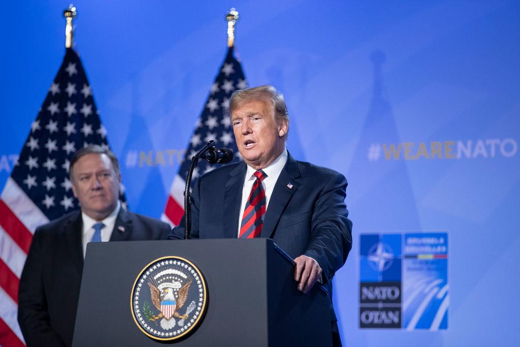 美國總統川普於北約組織峰會期間,要求成員國增加預算。(圖片來源:Jasper Juinen/Getty Images)