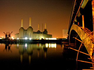 Battersea Power Station and Grosvenor Bridge | by Dave Gorman
