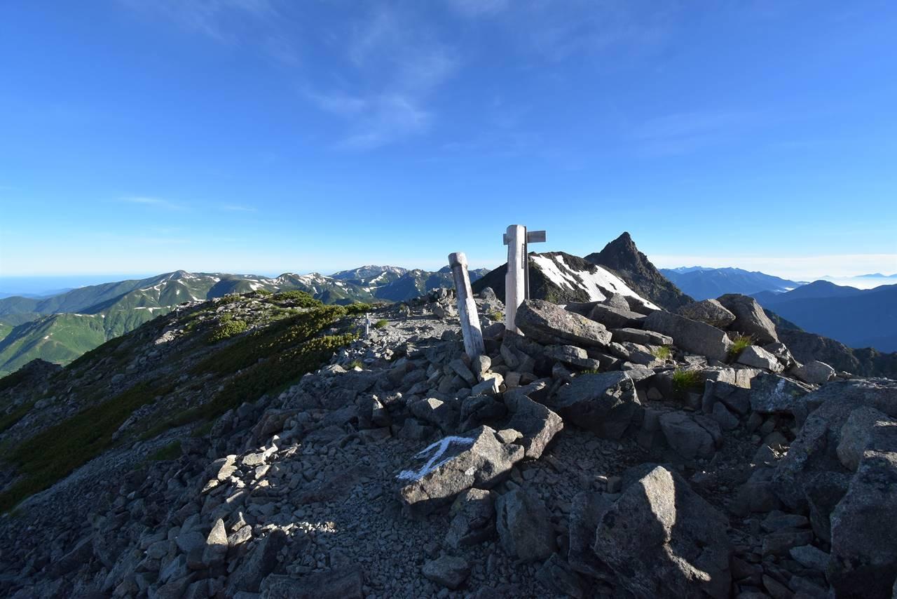 北アルプス・中岳山頂