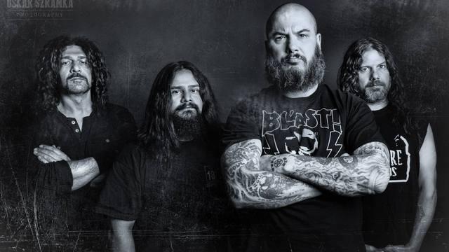 """Philip H. Anselmo & The Illegals estrenan nuevo sencillo y video: """"Choosing Mental Illness As A Virtue"""""""
